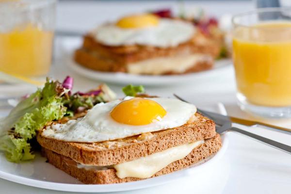 Bữa sáng đơn giản