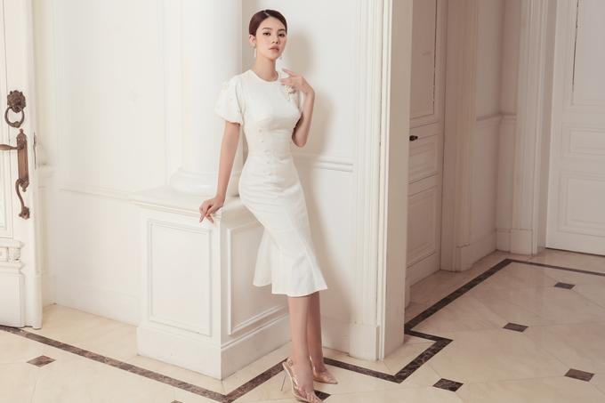Jolie Nguyễn gợi ý trang phục thanh lịch cho cô nàng công sở - ảnh 1
