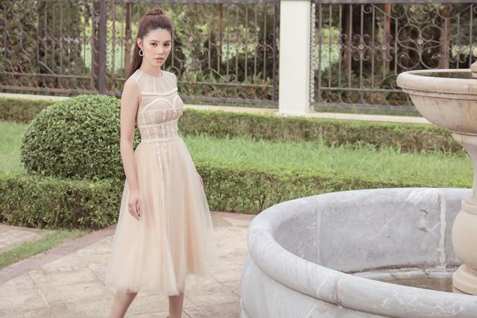 Jolie Nguyễn gợi ý trang phục thanh lịch cho cô nàng công sở - ảnh 7