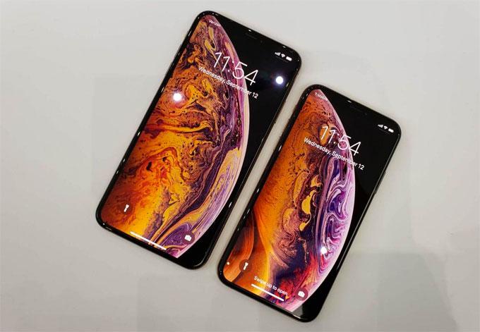 iPhone XS và XS Max.