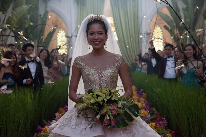 Nhà thờ được trang hoàng như cánh đồng lúa trong đám cưới thế kỷ của phim. Ảnh:IMDb