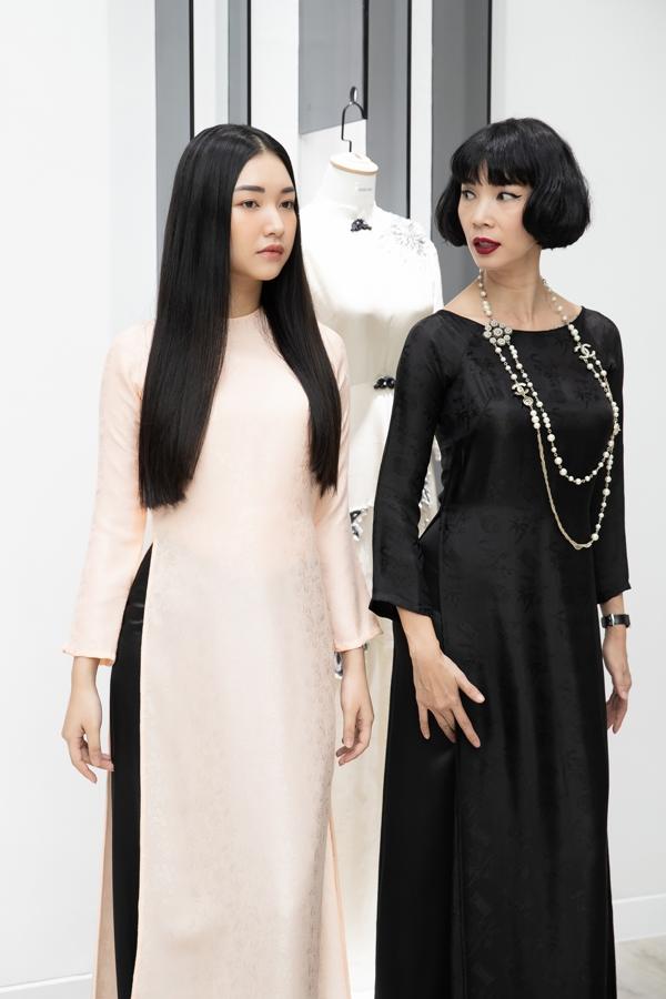 Xuân Lan cùng nàng thơ xứ Huế diện áo dài, hóa thiếu nữ Sài Gòn xưa