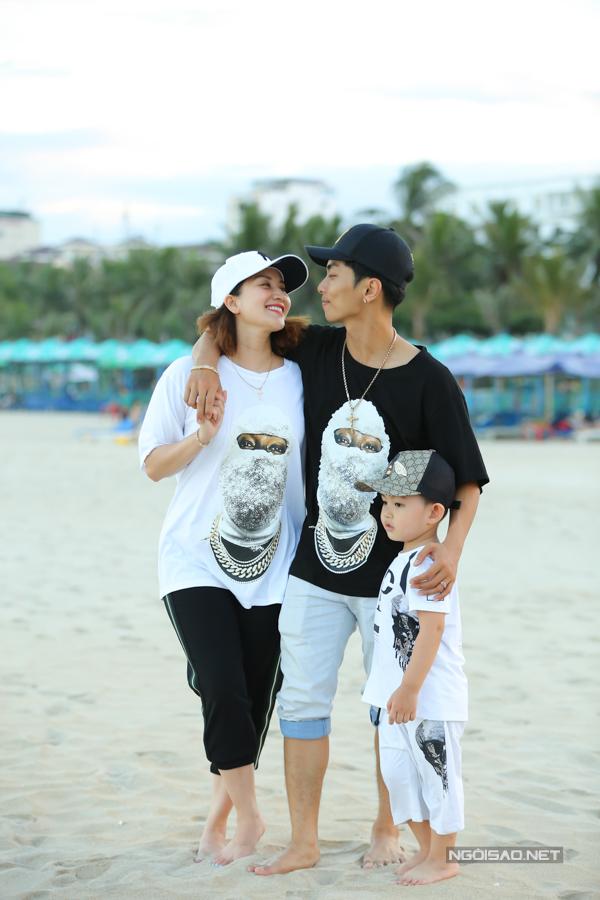 Khánh Thi, Phan Hiển né con trai đề hôn nhau tình cảm - 5