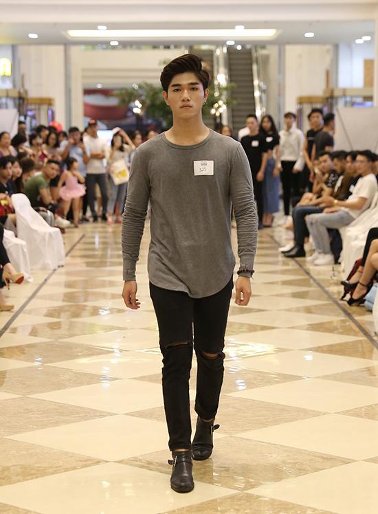 Võ Hoàng Yến ăn mặc thanh lịch đi casting người mẫu - ảnh 6