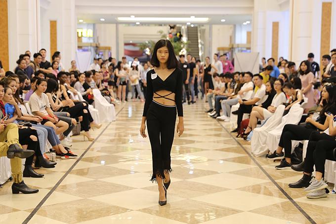 Võ Hoàng Yến ăn mặc thanh lịch đi casting người mẫu - ảnh 5