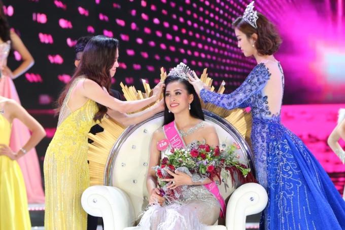Hành trình đến vương miện Hoa hậu Việt Nam 2018 của Trần Tiểu Vy - ảnh 13