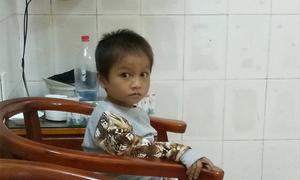 Mẹ đi lấy chồng, cậu bé Hà Giang ngủ ngoài đường