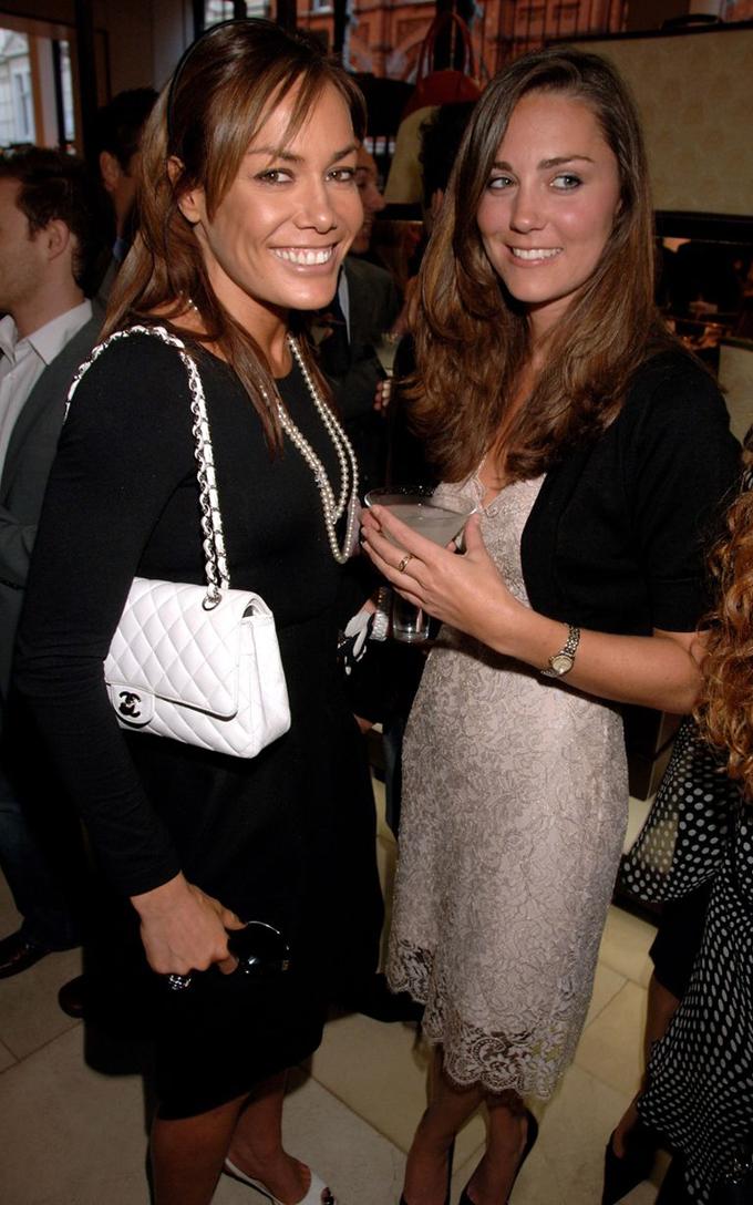 Trước khi trở thành vợ của Hoàng tử William, Kate là fan cứng của bar Mahiki tại London. Trong ảnh là một lần Kate tới bar này hồi tháng 2/2007. Ảnh: FilmMagic.
