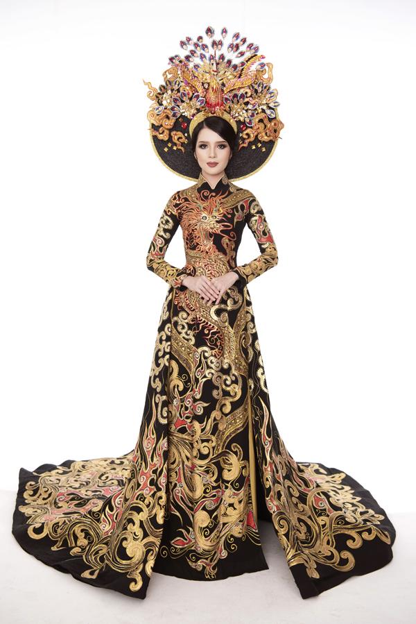 Thúy Vi cho biết, giải thưởng Á quân trang phục truyền thống sẽ là lợi thế giúp cô thêm tự tin trong chặng đường chinh phục ngôi vị cao nhất cuộc thi.