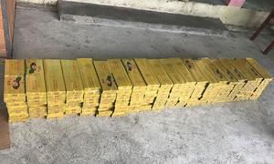 Xe khách Hoàng Long chở 2.000 gói thuốc lá lậu