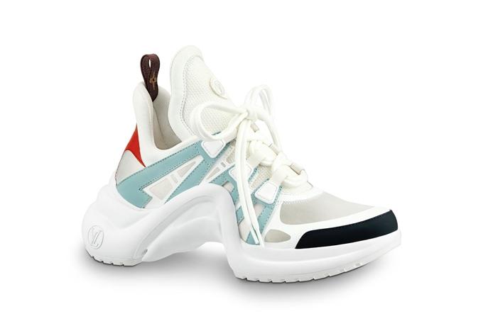 Mẫu giày mới của Louis Vuitton nhanh chóng được lòng các tín đồ thời trang.
