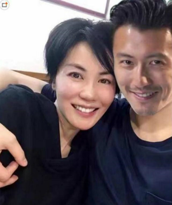 Vương Phi và Tạ Đình Phong