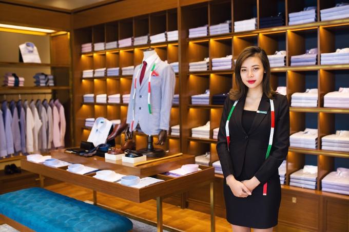 Tại Việt Nam, thương hiệu áo sơ mi chất lượng Nhật Bản Coedo có mặt ở 27 Hàng Khay, Hoàn Kiếm, Hà Nội hoặc 51 Huỳnh Thúc Kháng, Đống Đa, Hà Nội. Mua hàng online tại đây.