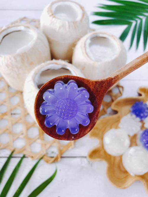 Thạch dừa tự làm ở nhà, ngon và sạch hơn ngoài hàng - 1