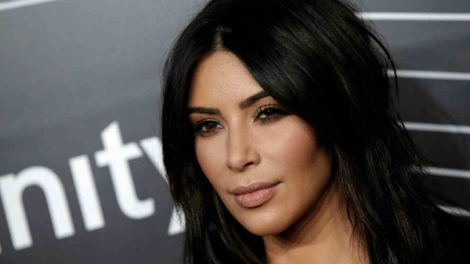 4. Kim Kardashian West -720.000 USD: Nhân vật ồn ào nhất nhà Kardashian quảng bá sản phẩm chăm sóc da và y tế trên tài khoản 114 triệu follower. Ảnh:Reuters.