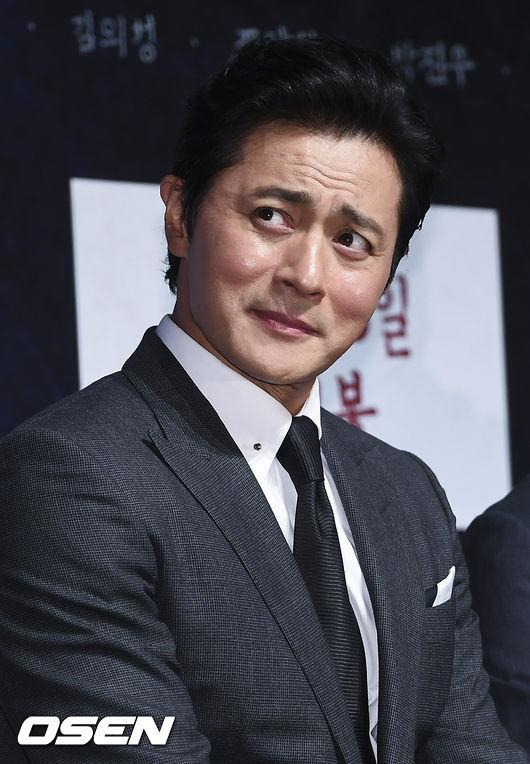 Jang Dong Gun đọ sắc mỹ nam với đàn em Hyun Bin - 7