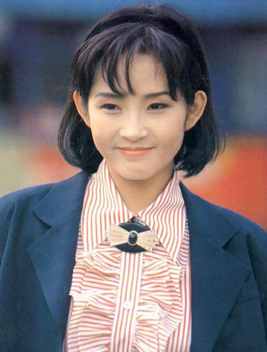 Bức ảnh Choi Jin Sil khi mới vào nghề khiến nhiều người xúc động.
