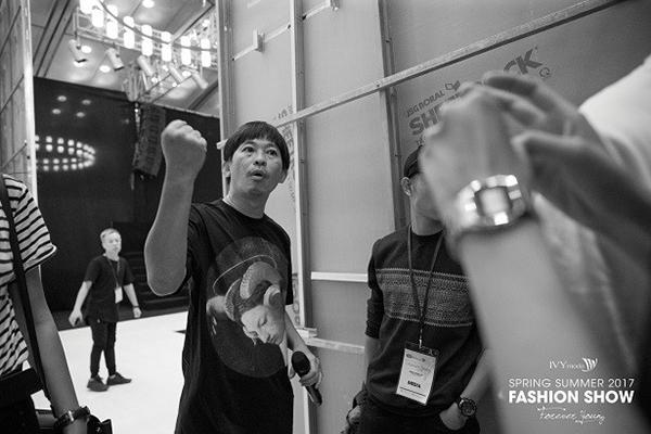 Kovit Ang đã có nhiều kinh nghiệm chỉ đạo Catwalk tại các tuần lễ thời trang quốc tế