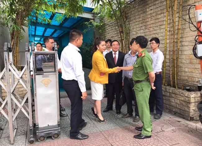 Bà Lê Hoàng Diệp Thảo tại trụ sở Tập đoàn Trung Nguyên.