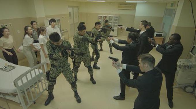 Một cảnh quay trong tập 9Hậu duệ mặt trời bản Việt.