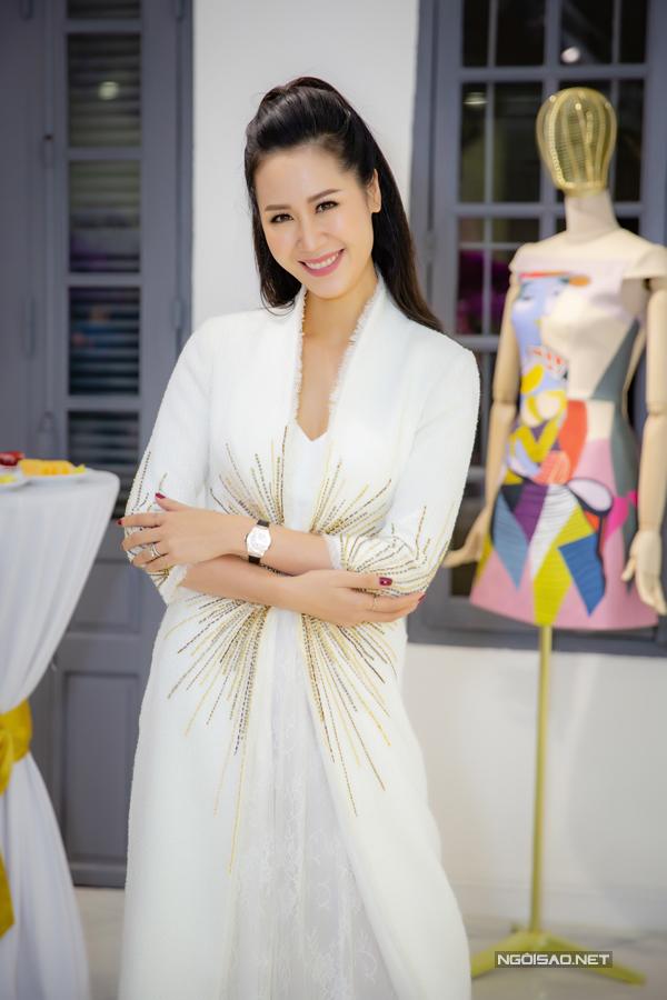 Hoa hậu Dương Thuỳ Linh chọn