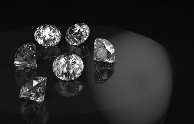 Võ Hoàng Yến sẽ trình diễn bộ nail kim cương trị giá 100.000 USD - ảnh 7