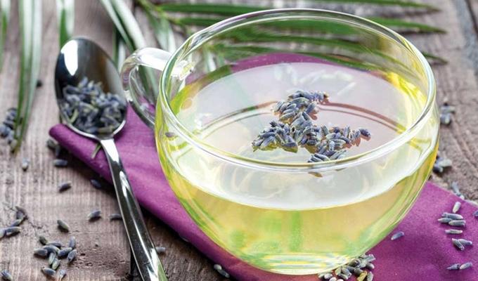 9 loại trà hoa giúp bạn nhẹ đầu mỗi khi căng thẳng