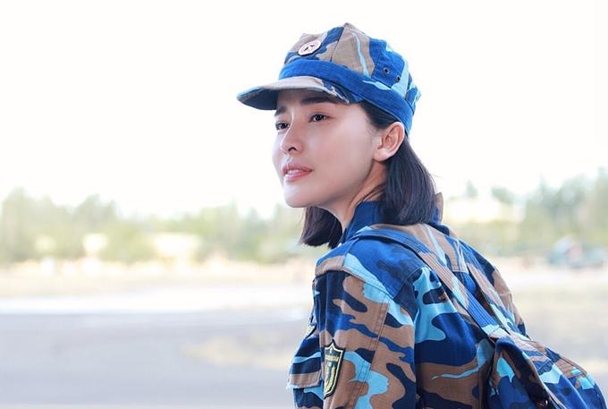 Cao Thái Hà đau lòng khi tát Hữu Vi trong phim Hậu duệ mặt trời - 3