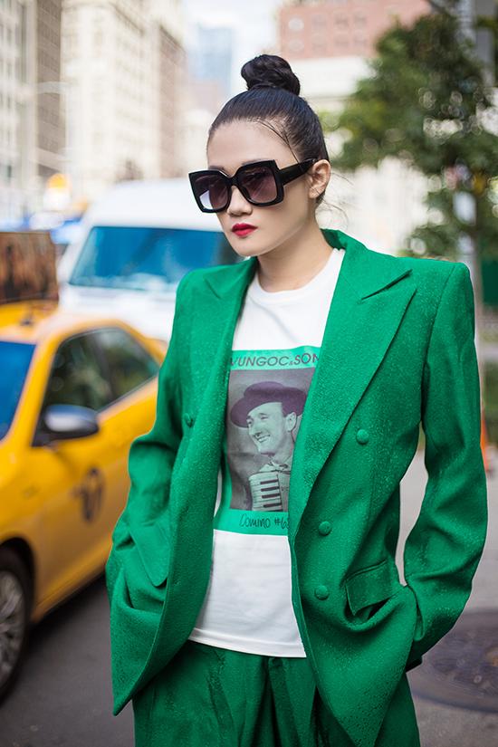 Kha Mỹ Vân gợi ý mặc đẹp cùng tông xanh lá bắt mắt - ảnh 5