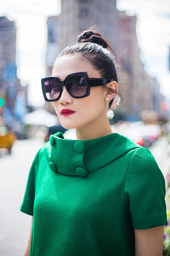 Kha Mỹ Vân gợi ý mặc đẹp cùng tông xanh lá bắt mắt - ảnh 7