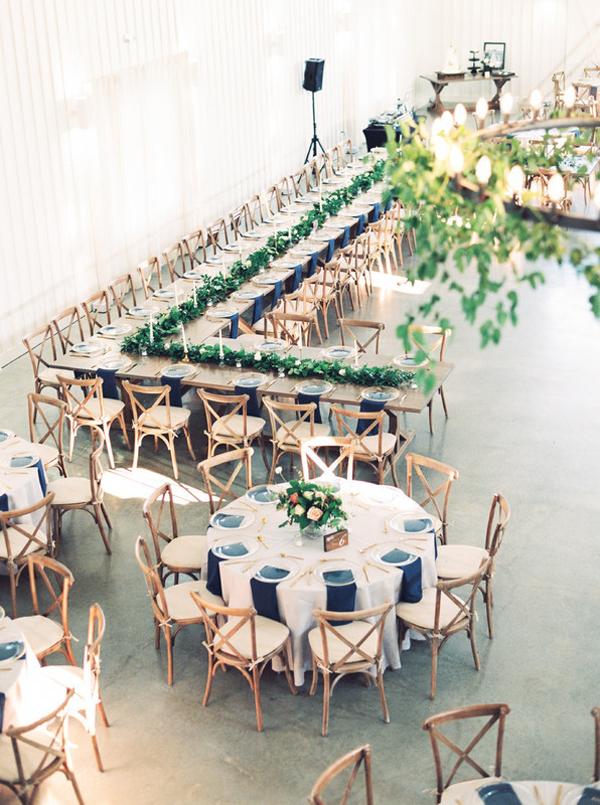 7 kiểu bố trí bàn tiệc cưới cho từng không gian