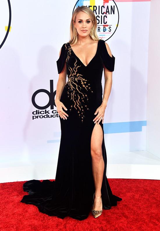 Ngôi sao nhạc đồng quê Carrie Underwood.