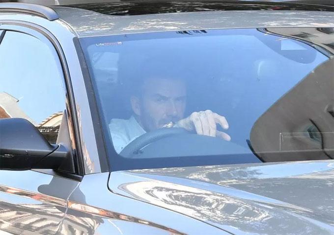 Becks vi vu trên xe Audi sau khi thoát án phạt treo bằng lái