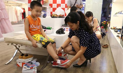'Đổi giày cũ, nhận giày mới' cùng Crown Space - Ngôi sao