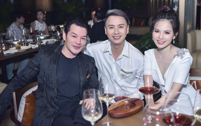 Diễn viên Trần Bảo Sơn và đàn em Phi Huyền Trang hội ngộ tại đêm tiệc.