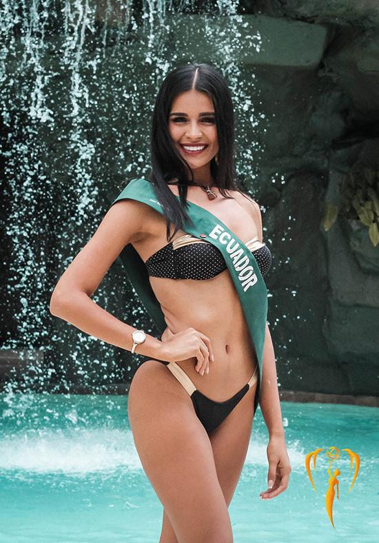 Các người đẹp đến từ khu vựcMỹ Latin như Ecuador cũng có thể mạnh về body khỏe khoắn.