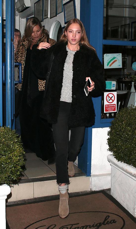 Con gái 16 tuổi của Kate Moss nối gót mẹ trở thành người mẫu - ảnh 6