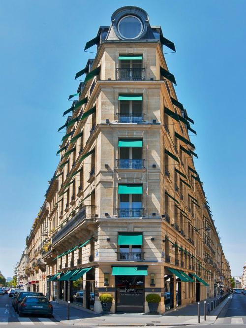 Khách sạn nghìn đô với ô cửa gây sốt của Ngọc Trinh - 5