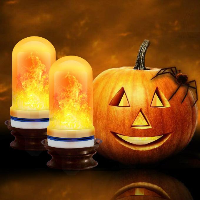 Bộ 2 đèn LED ánh lửa Cppslee(giá từ 686.000 đồng): với bốn chế độ chiếu sáng mô phỏng hình ảnh ngọn lửa, bạn có thể dùng sản phẩm này để thay thế những chiếc đèn bàn truyền thống, tạo cho ngôi nhà vẻ ngoài độc đáo và ấn tượng hơn. Ngoài ra, nếu thíchnhững chiếc đèn bí ngô khoét mặt đặc trưng Halloween nhưng ngại thắp nến thật, bạn cũng có thể bỏ chiếc đèn LED tiết kiệm điện năng này vào ruột quả bí để tạo ánh sáng cam.