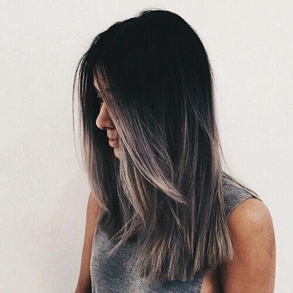 Nhuộm tóc màu khói được các cô nàng cá tính rất ưa chuộng hiện nay.