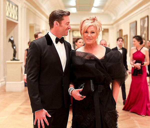 Tình yêu sâu đậm và thủy chung mà Hugh dành cho vợ luôn khiến các fan ngưỡng mộ.