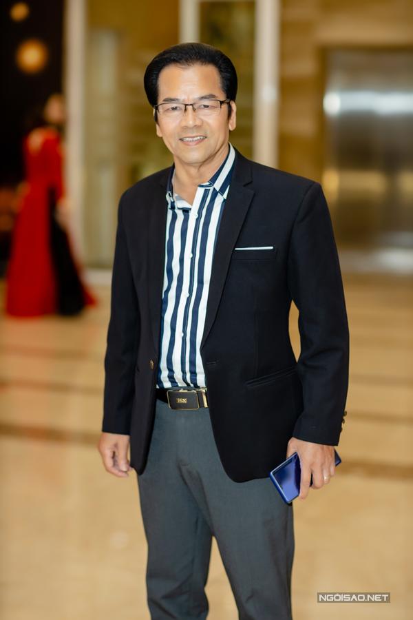 Nghệ sĩ Trần Nhượng.