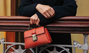 Giúp phái đẹp thêm phong cách với túi xách từ Bottega Veneta