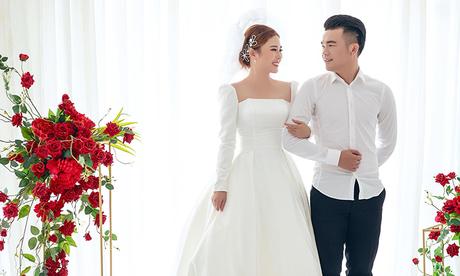Tiền vệ Ngô Hoàng Thịnh tung MV cưới cảm ơn mọi người chúc phúc