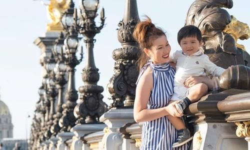 Bà xã Đan Trường dạy con bằng cách đưa bé đi du lịch khắp thế giới