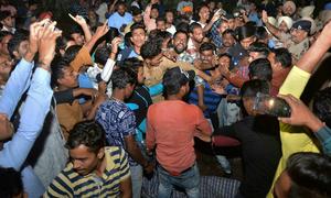 Dân Ấn Độ đòi 'xử' lái tàu cán 60 người