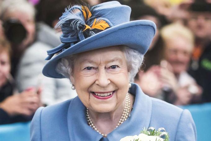 Nữ hoàng Anh Elizabeth II trong dịp kỷ niệm sinh nhật lần thứ 92 ở London năm 2014. Ảnh: REX.