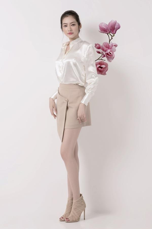 Trúc Diễm đặc biệt yêu thích hoa mộc lan bởi vẻ đẹp thanh cao và ý nghĩa của nó. Thông qua bộ sưu tập, hoa hậu muốn gửi thông điệp đến những người phụ nữ trong xã hội hiện đại, luôn mạnh mẽ, xinh đẹp, biết yêu thương và chăm chút cho bản thân.