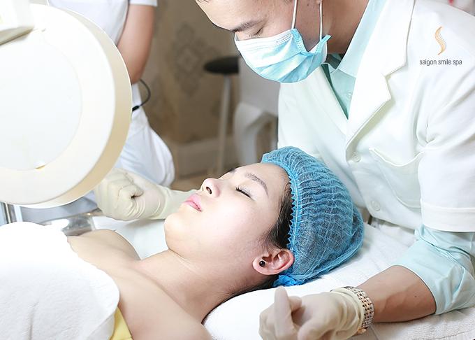 Tùy vào đặc điểm và tình trạng da mỗi khách hàng, bác sĩ sẽ đưa ra công thức riêng phù hợp. Xem thêm sự kết hợpcủa Mesotherapy trong trị liệu trẻ hoá da tại đây.