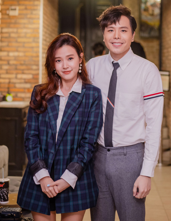 Midu có mối quan hệ thân thiết với Trịnh Thăng Bình. Cô khen sản phẩm mới của nam ca sĩ chỉn chu, chất lượng về cả phần nghe và phần nhìn.